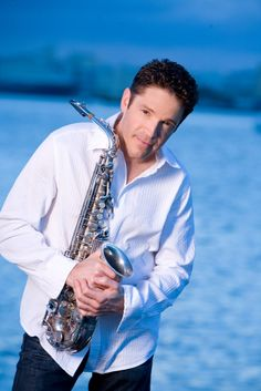 Check out Dave Koz;  Great Christmas show At Playhouse Square in Cleveland last night.