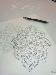 İlk Flower Pattern Drawing, Floral Drawing, Flower Patterns, Persian Pattern, Persian Motifs, Islamic Art Pattern, Arabic Pattern, Bookmark Printing, Illumination Art