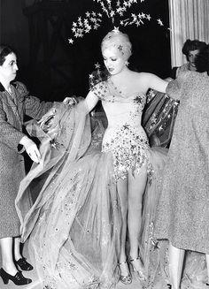Lana Turner on the set of Ziegfeld Girl, 1941