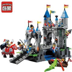 ENLIGHTEN Medieval Castle Carriage Drawbridge Knight Block Minifigures Toys
