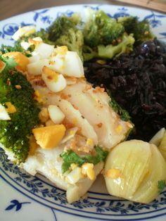 Bacalhau ao forno com arroz negro   Figos & Funghis