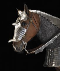 Because you know there will be horses in battle. Bringing back that old school style!