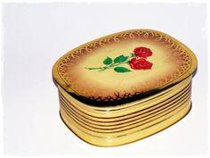 Blechdose Kaffeedose 70er Vintage Rosen Gold von ZeitSprungVintage
