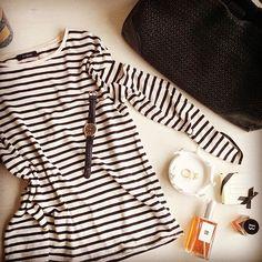 #weekend #vibes 👊#blackandwhite #jcrew #jomalone #autograph #jigsaw #tomboy #pretty #vignette #luxe #styleblogger 💕