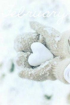 Want to have a Heart to Heart snow ball fight for Valentine's Day ? I Love Winter, Winter Snow, Winter White, Winter Christmas, Hello Winter, White Christmas Snow, Snow White, Danish Christmas, Cottage Christmas