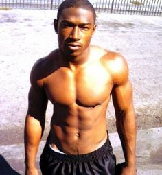 Yes, he's easy on the eyes, but Kevin McCall also makes really good music.