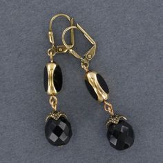 Sadie Green's Jet Black Vintage Japanese Glass Earring