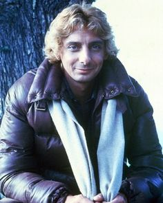 Barry Early in His Career - barry-manilow Photo