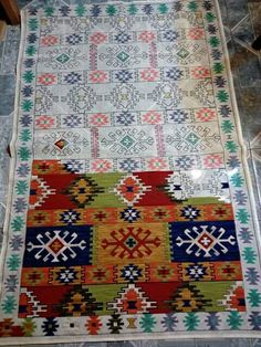 Esterilla Weaving Tools, Weaving Art, Tapestry Weaving, Cross Stitch Designs, Cross Stitch Patterns, Cross Stitching, Cross Stitch Embroidery, Crochet Carpet, Ribbon Art