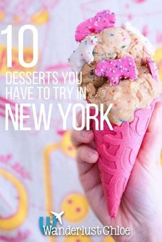 10 New York Desserts To Try Right Now 10 NYC Desserts You Have To Try Right Now. New York's dessert crazes include raw cookie dough served in a cone, epic freakshakes and chocolate pizza, so what are you waiting for? New York Desserts, Fun Desserts, Manhattan New York, Lower Manhattan, Times Square, New York Essen, New York Restaurants, New York Tipps, New York Food