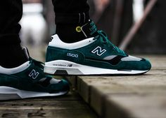 New Balance - Bottle Green/Grey - Chubster favourite ! - shoes for men - chaussures pour homme - Converse Tennis Shoes, Tennis Shoes Outfit, Kicks Shoes, New Balance Sneakers, New Balance Shoes, Nike Dunks, Latest Sneakers, Sneakers Fashion, Nike Lebron