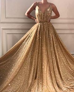 Elegant Dresses, Pretty Dresses, Beautiful Dresses, Formal Dresses, Awesome Dresses, Sparkly Prom Dresses, Grad Dresses, Dresses Dresses, Long Dresses