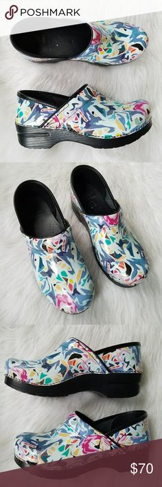 Dansko Professional Abstract Patent Clogs 39 Dansko. Women's 39. (8.5 - 9) Abstract white pattern. Excellent condition! Dansko Shoes Mules & Clogs