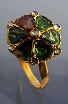 Ring Gold and foiled gems Italy, 17th C.