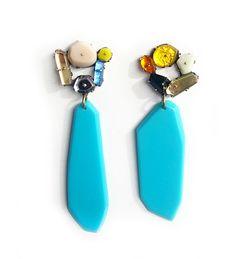 Orecchini Blue Drops - Nikki Couppee - USA - Realizzati in plexiglass, ottone e argento