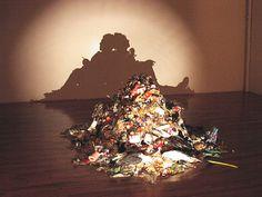 ゴミも集めれば芸術・・・?