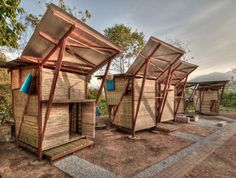 Small Iron Wood Prefab Houses with Butterfly Roof in Thailand