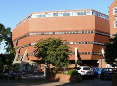 Florey Building, Oxford - James Stirling