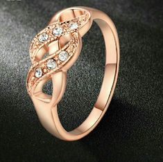 sale18KRGP Austrian CZ Ring New  18K Rose Gold Plated Jewelry Rings