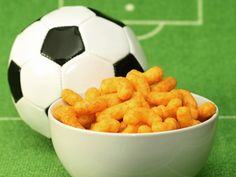 As we begin the countdown to the Grand Opening of the most watched and much loved game of football, we need some tidbits to fuel our loyalties. To keep you cheering all night long, we got a list of snacks that will do justice to the endless hours spent supporting your favourite team. Keep the hunger at bay as we celebrate the spirit of La Jogo Bonito. Don't Miss: 15 Snacks for the Beer Buddies Bonanza Edition Image courtesy:©Thinkstock photos/ Getty images