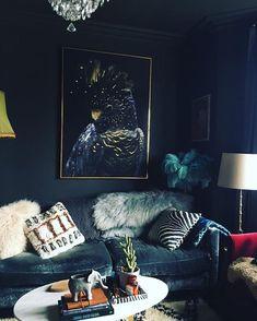 Home Design Ideas: Home Decorating Ideas Cozy Home Decorating Ideas Cozy Home sweet home Living room Dark Dark Living Rooms, Living Room Art, Living Room Designs, Home And Living, Art Deco Interior Living Room, Dark Bedrooms, Cozy Home Decorating, Decorating Ideas, Decor Ideas