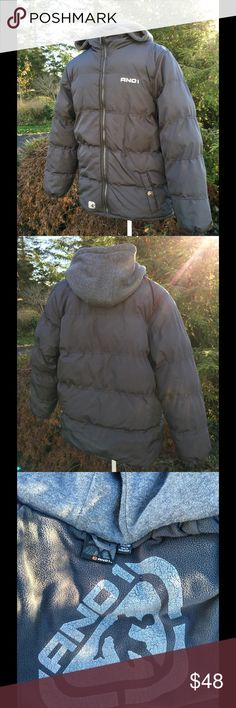 Nike Young Men's Coat Boys XXL 16/18 Breathable  Attached hood Soft microfiber lining Zip front  2 pockets with button closure    Good condition  Non smoking environment No stains, snags or damage M 1088/ W1 Nike Jackets & Coats
