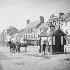 ..old shot of Main Street, Naas in County Kildare (date unknown) . . #naas #kildare #ireland #streets #irishstreets #irishnostalgia #oldphoto #ireland_gram #bnwmood #oldireland #cart #townsofireland #irishphoto #theoldendays #naastown #thatsnaas
