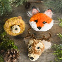 Starring a fox, deer, and bear, oh my! Tips for how to make fluffy pom poms and trendy woodland creatures Yarn Animals, Pom Pom Animals, Crochet Animals, Crafts For Teens, Hobbies And Crafts, Arts And Crafts, Fox Crafts, Craft Stick Crafts, Craft Ideas