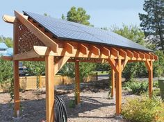 Solar Panels | 34 Must-Have Tools for Homesteading http://pioneersettler.com/best-homesteading-tools