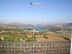 Town house with lake view of Guardialfiera for sale in Molise Full details: www.immobiliarecaserio.com #property #house #country #Guardialfiera #Molise #Italy