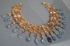 The collar of Assiut, 400-600 AD. (I saw a picture of this ages ago and finally found it here again Yay Pintrest!) Le collier d'Assiut, 400-600