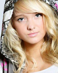 headshot headshot headshot photography headshot photographer blonde blonde hair blonde girl instablonde hoodie hoodies © Brandon Peters Photography