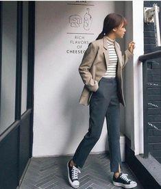 Look fashion, fashion outfits, womens fashion, korean fashion office, korean fashion minimal Korean Street Fashion, Korean Fashion Trends, Asian Fashion, Look Fashion, Trendy Fashion, Winter Fashion, Fashion Spring, Womens Fashion, Korean Fashion Minimal