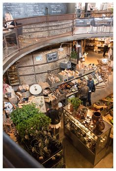 sunflowersandsearchinghearts:  Swedish Market and Cafe via pinterest