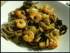 Wok de Choux chinois -Crevettes- Champignons noirs et pâte de Curry vert