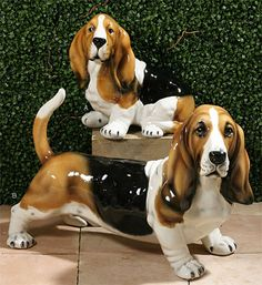 [67] A small range of breeds, often in more than one size, these are the Basset Hounds; Hand made ceramics at nice prices | ALPHAPET.COM