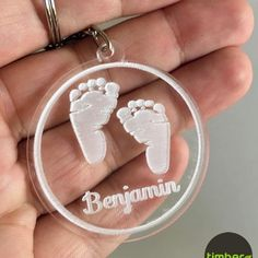 Gravação a Laser acrílico cristal Cool Keychains, Acrylic Keychains, Laser Cutter Ideas, Laser Cutter Projects, Baby Crafts, Diy And Crafts, Wooden Keychain, Laser Cut Files, Wooden Jewelry