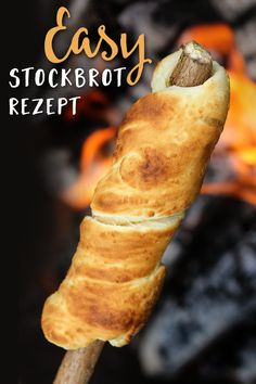Absolutely try it! Here is the recipe for delicious stick bread dough. - Rezepte - Absolutely try it! Here is the recipe for delicious stick bread dough. Camp Snacks, Snacks Für Party, Bread Recipes, Low Carb Recipes, Vegan Recipes, Drink Recipes, Sandwiches, Good Food, Yummy Food