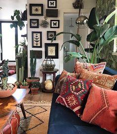 Rustic And Cozy Boho Cabin Makeover On A Budget – DecomagzA Cozy Modern Rustic Cabin In The Inspiring Cozy Apartment Decor on Cozy Rustic Style Home Interior Inspirations Home Decor Inspiration, House Design, Interior, Living Room Decor, Home Decor, House Interior, Apartment Decor, Interior Design, Home And Living
