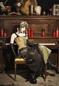 ::: OutsaPop Trashion ::: DIY fashion by Outi Pyy :::: Steampunk fashion part 1 - the clothes
