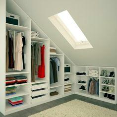 Magnetic attic storage,Attic bedroom design ideas and Attic room low ceiling. Loft Storage, Low Ceiling, Loft Conversion, Home, Closet Bedroom, Bedroom Design, Bedroom Loft, Loft Room, Closet Design