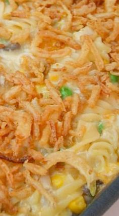 Chicken Crunch Casserole A creamy, crunchy chicken casserole that goes together in minutes using a store-bought rotisserie chicken! Chicken Thights Recipes, Chicken Parmesan Recipes, Healthy Chicken Recipes, Cooking Recipes, Meditranian Recipes, Recipies, Kraft Recipes, Recipe Chicken, Bacon Recipes