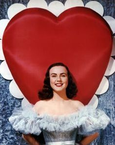 Vintage Valentine's with Deanna Durbin My Funny Valentine, Vintage Valentines, Happy Valentines Day, Valentine Photos, Vintage Holiday, Golden Age Of Hollywood, Vintage Hollywood, Hollywood Glamour, Classic Hollywood