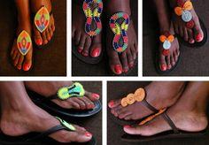 Primordiale cet été pour montrer votre magnifique pédicure, les nouvelles sandales de la collection Maasaï viennent finalement à Paris.... http://www.blacks-metisses.com/index.php/2015/08/23/les-sandales-de-la-collection-maasai-une-superbe-reussite/