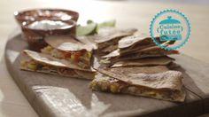 Quesadillas rapido | Cuisine futée, parents pressés Quebec, Healthy Cooking, Cooking Recipes, Vegetarian Recipes, Healthy Recipes, Mets, Wrap Sandwiches, Tacos, Main Dishes