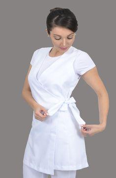 Cute Nursing Scrubs, Girls Fashion Clothes, Fashion Outfits, Scrubs Pattern, Beauty Uniforms, Spa Uniform, Scrubs Outfit, Medical Scrubs, Nursing Dress