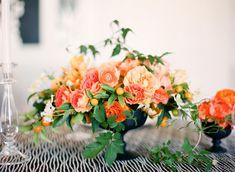 Max Gill, Lisa Lefkowiz, compote bowl with orange roses, orange ranunculus, peach roses, peach ranunculus, kumquats