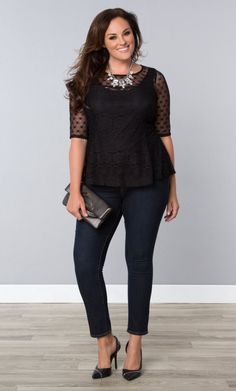 Plus Size Feminine Frills Lace Top