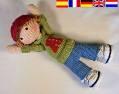 Crochet pattern for doll MONJA (Deutsch, English, Français, Español, Nederlands) by CAROcreated