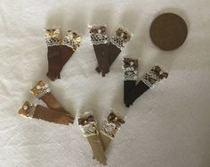 DollHouse Miniature Shop Stock 1:12 scale Ladies 5 pairs of assorted brown leather lace ladies display gloves